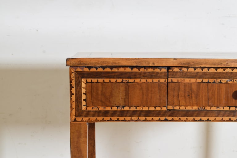 Italian Neoclassical Period Walnut and Inlaid 1-Drawer Writing Table ca1820-1830 For Sale 1