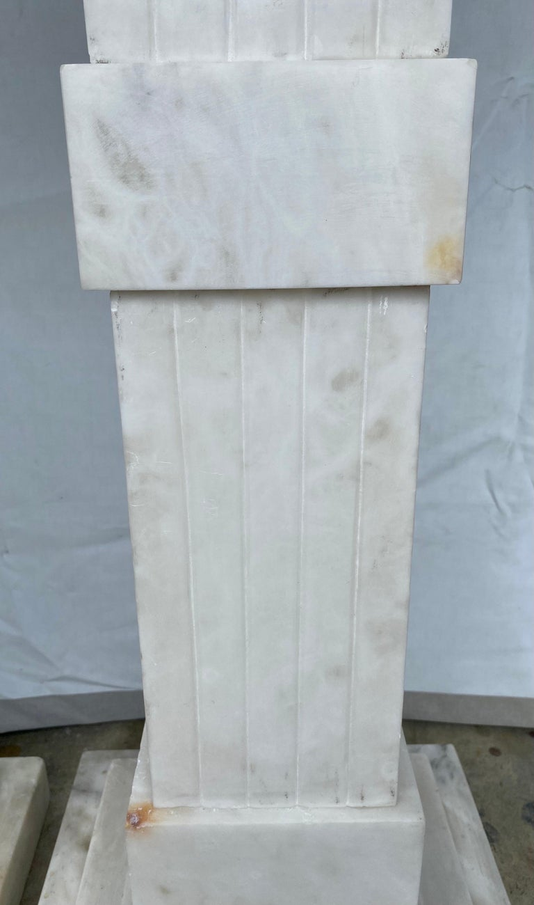 Italian Neoclassical Style Fluted Onyx Marble Pedestal Column Stands, Italy For Sale 4