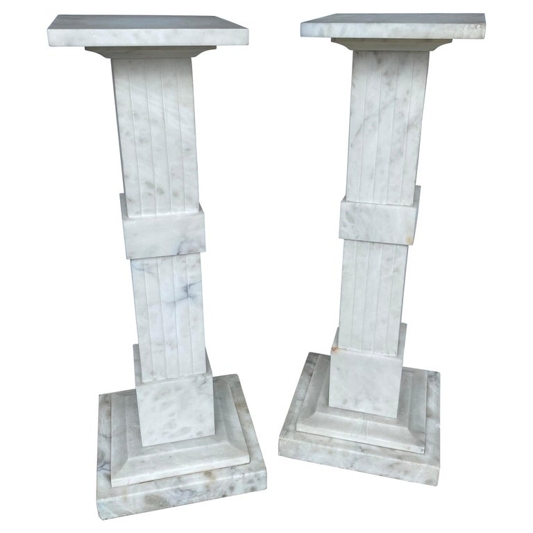 Italian Neoclassical Style Fluted Onyx Marble Pedestal Column Stands, Italy For Sale