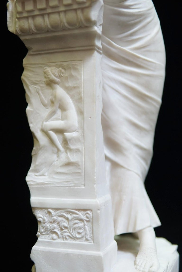 Italian Neoclassical Style Hand-Carved Alabaster Sculpture, 19 Century For Sale 2