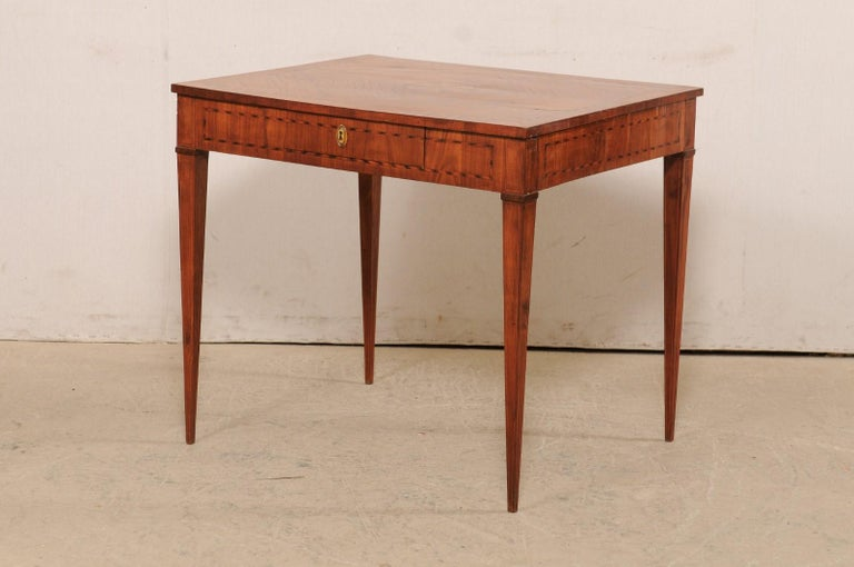 Italian Occasional Table with Floral Medallion Inlay Adorning Top, Early 19th C For Sale 5