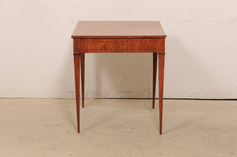 Italian Occasional Table with Floral Medallion Inlay Adorning Top, Early 19th C For Sale 2