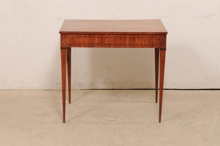 Italian Occasional Table with Floral Medallion Inlay Adorning Top, Early 19th C For Sale 3