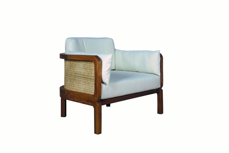 Hand-Crafted Italian Outdoor Lounge Chair Set of 2, Natural Rattan/Teak For Sale