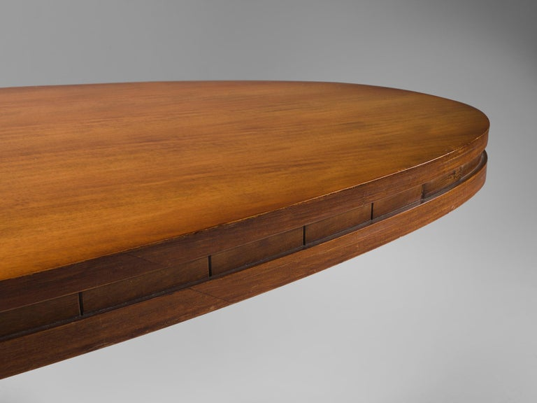 Mid-Century Modern Italian Oval Dining Table in Walnut For Sale