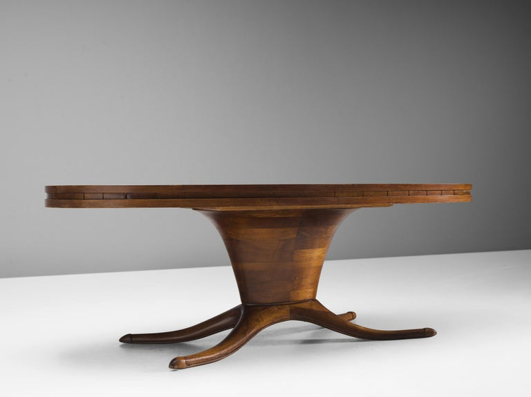 Italian Oval Dining Table in Walnut For Sale 1