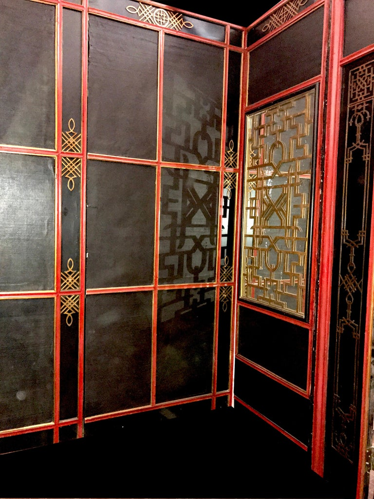 Italian Painted and Parcel-Gilt Japoneserie Boiserie Panels For Sale 3