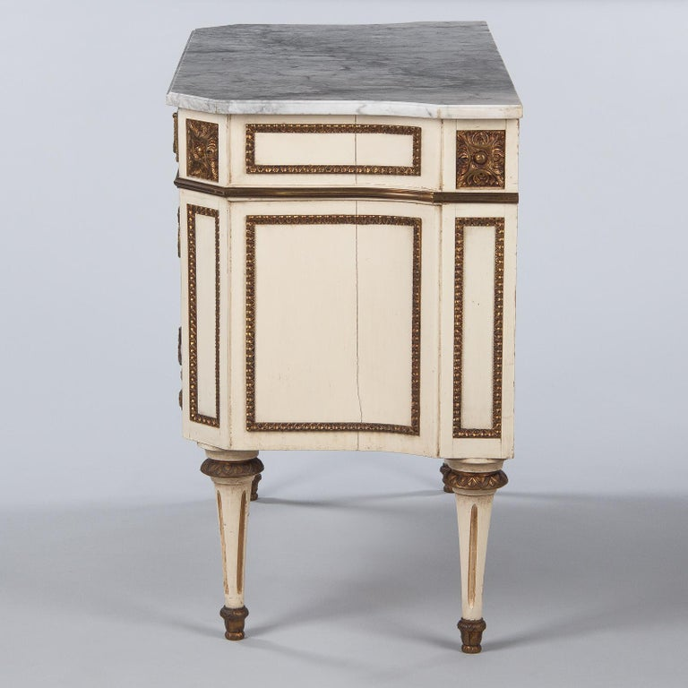 Italian Painted Chest of Drawers with Marble Top in Louis XVI Style, 1940s For Sale 8
