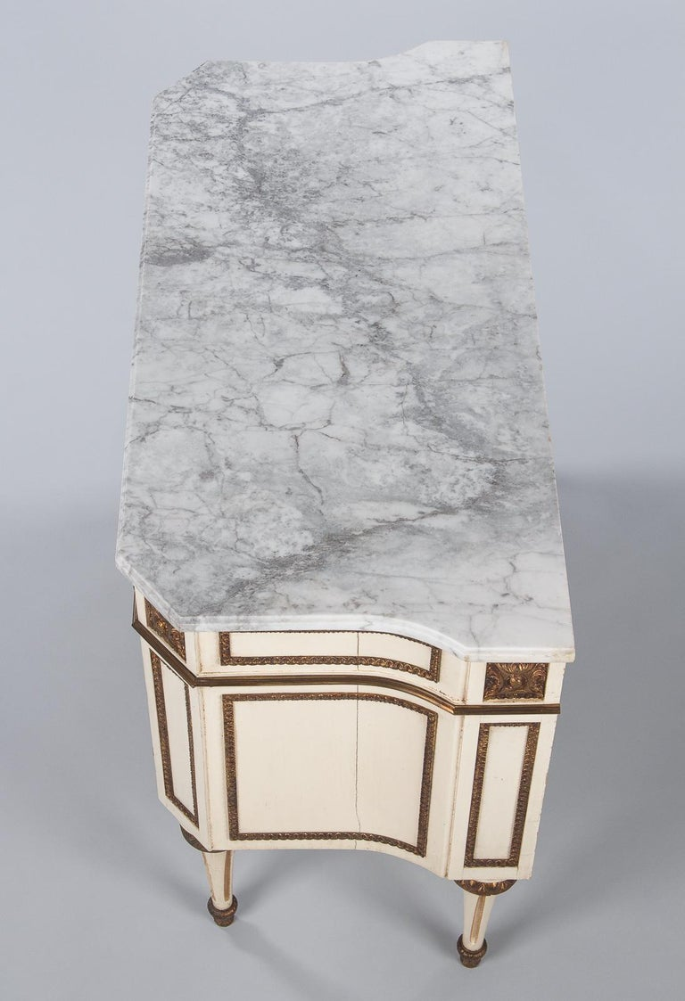 Italian Painted Chest of Drawers with Marble Top in Louis XVI Style, 1940s For Sale 9