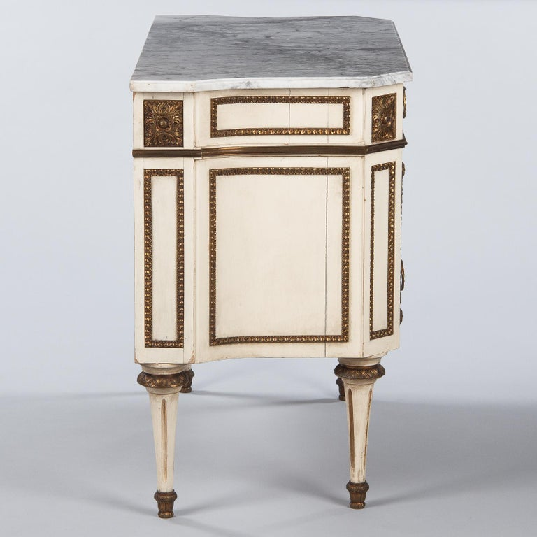 Italian Painted Chest of Drawers with Marble Top in Louis XVI Style, 1940s For Sale 11