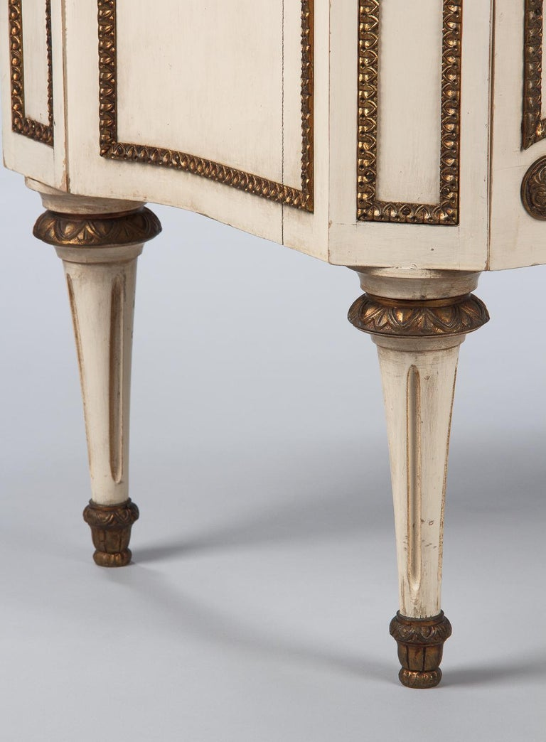 Italian Painted Chest of Drawers with Marble Top in Louis XVI Style, 1940s For Sale 2