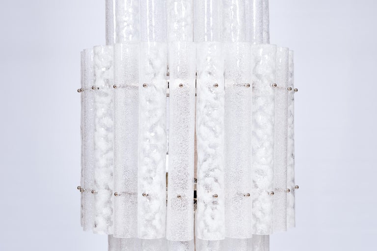 Mid-Century Modern Italian Pair of Floor Lamps in Blown Murano Glass with White Waves, Contemporary For Sale