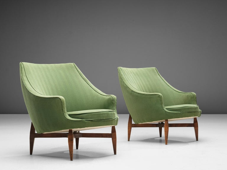 Italian Pair of Lounge Chairs with Soft Green Upholstery In Good Condition For Sale In Waalwijk, NL