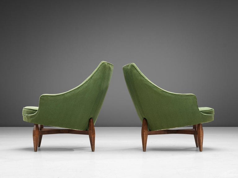 Mid-20th Century Italian Pair of Lounge Chairs with Soft Green Upholstery For Sale