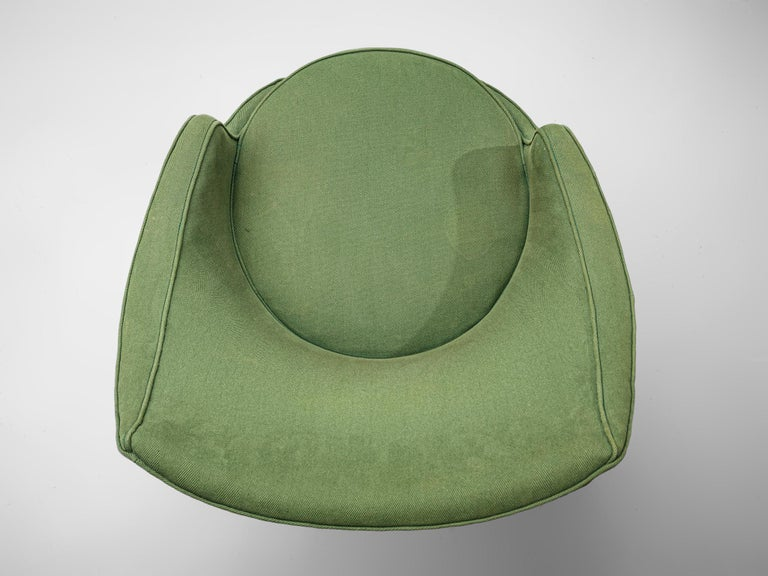 Italian Pair of Lounge Chairs with Soft Green Upholstery For Sale 3