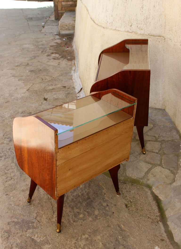 Italian Pair of Nightstands Attributed to Paolo Buffa For Sale 1