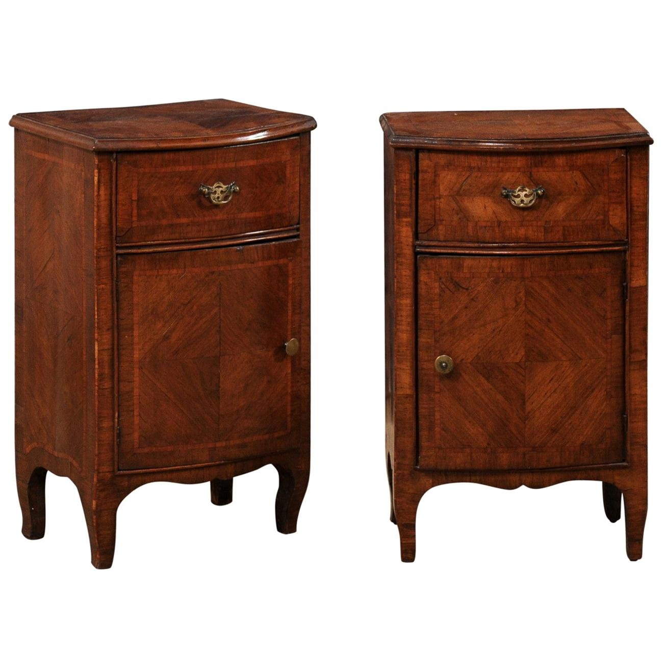 Italian Pair of Petite-Sized, Bow-Front Side Chests, Turn of the 18/19th Century