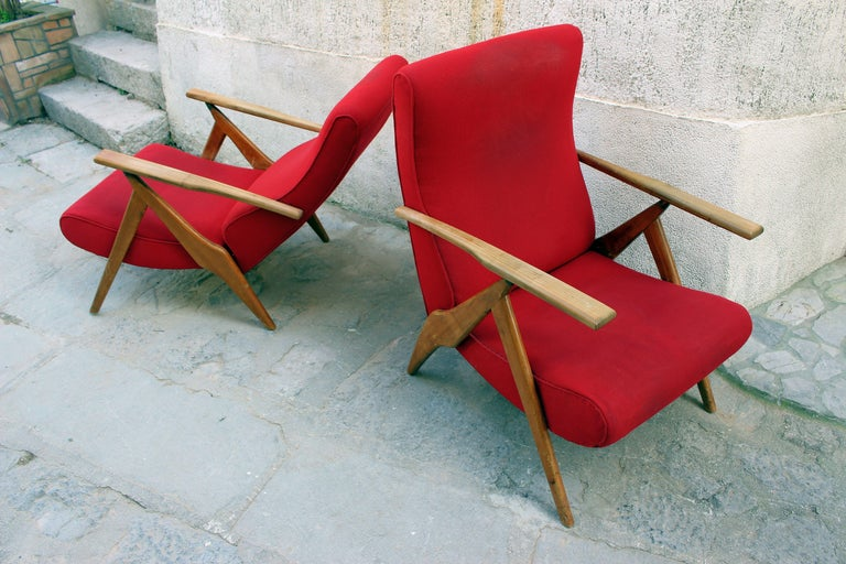 Mid-20th Century Italian Pair of Recliner Chairs by Antonio Gorgone For Sale