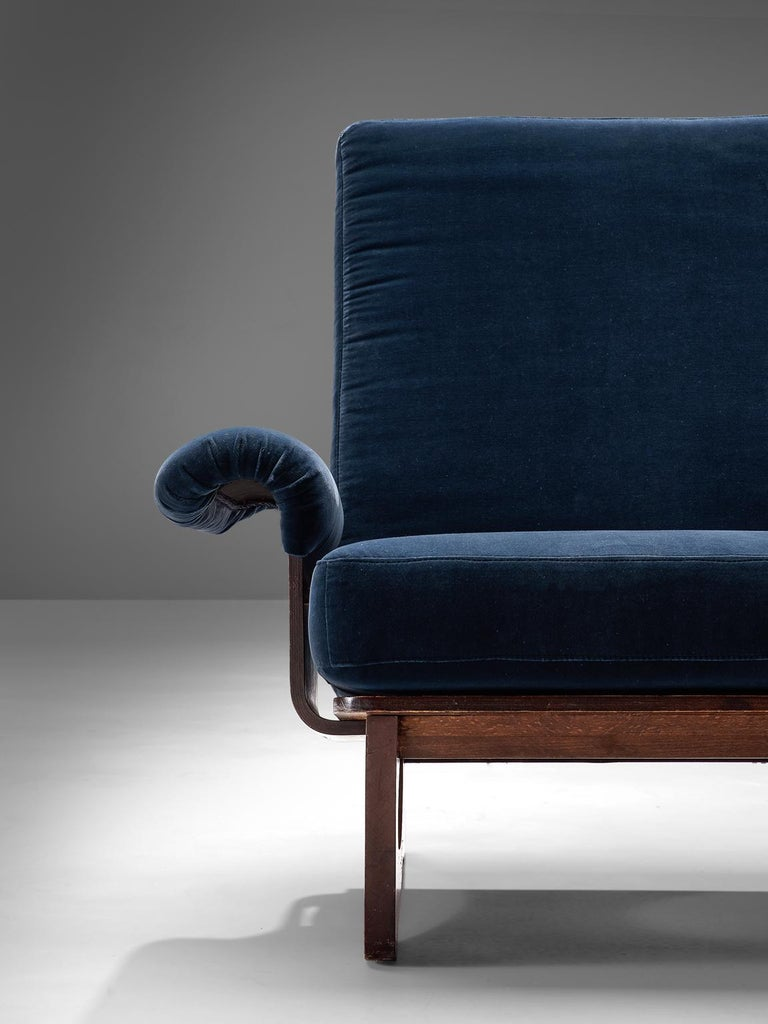 Italian Pair of Rosewood Lounge Chairs in Blue Velvet For Sale 3