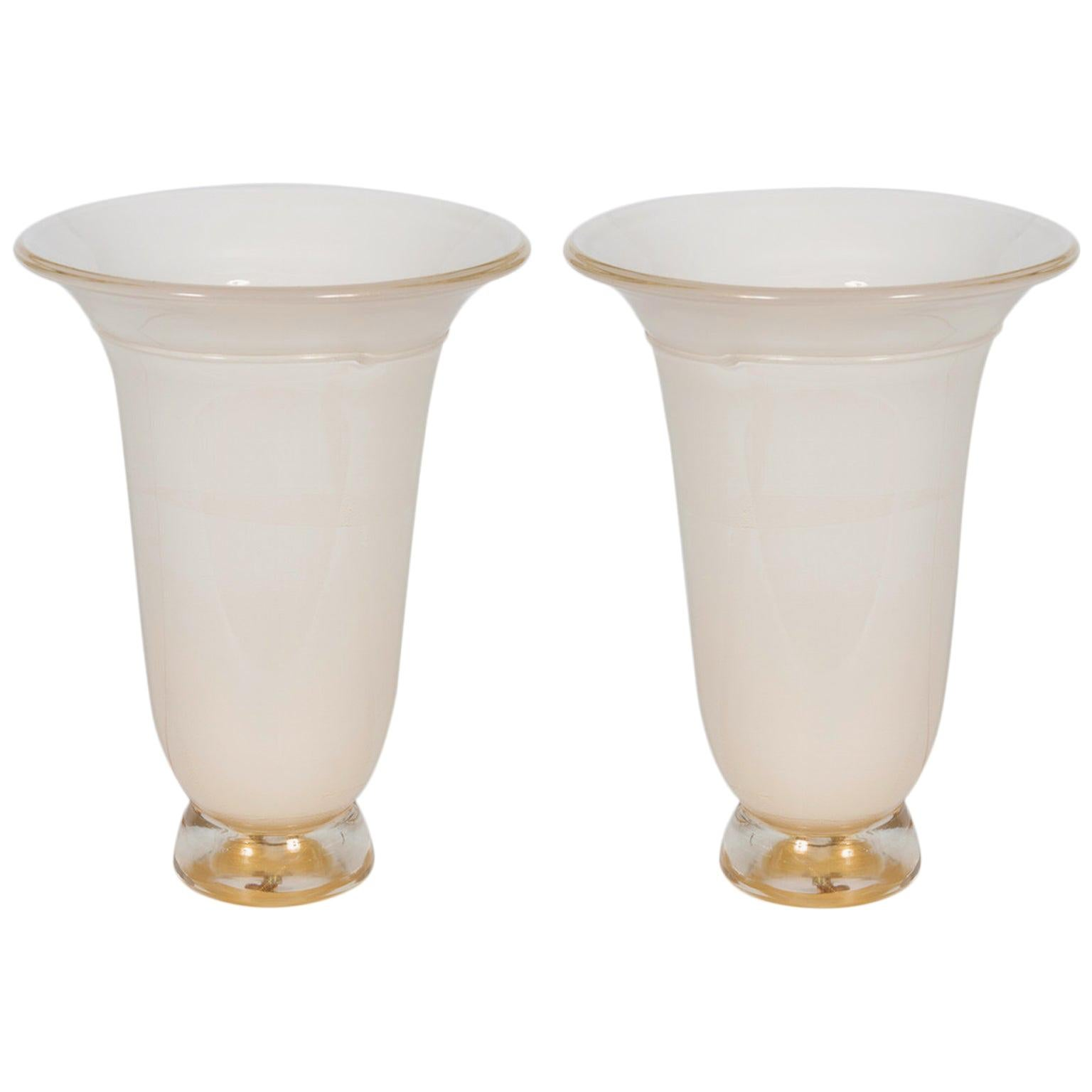 Italian Pair of Table Lamps in Blown Murano Glass White and Gold, 1980s