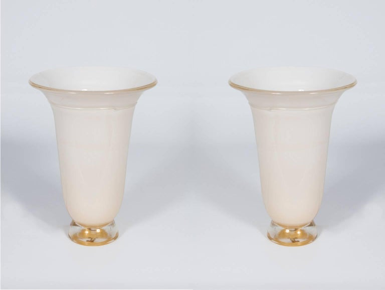Italian Venetian, pair of table lamps, in blown murrain glass, white and gold, attributed to Barovier, 1980s.