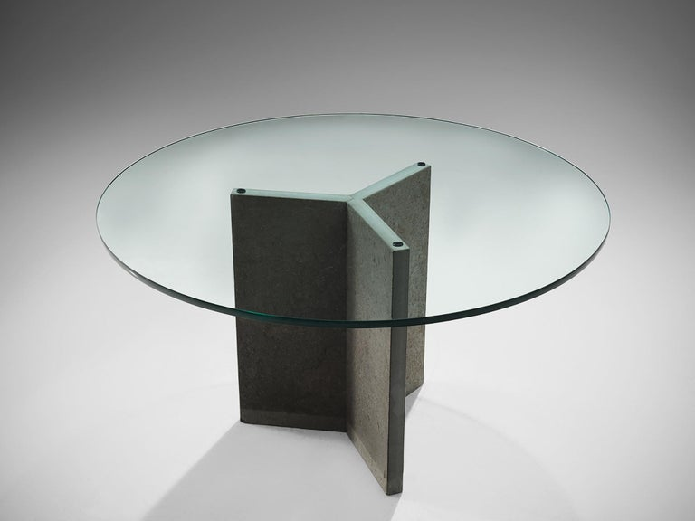 Late 20th Century Italian Pedestal Center Table For Sale