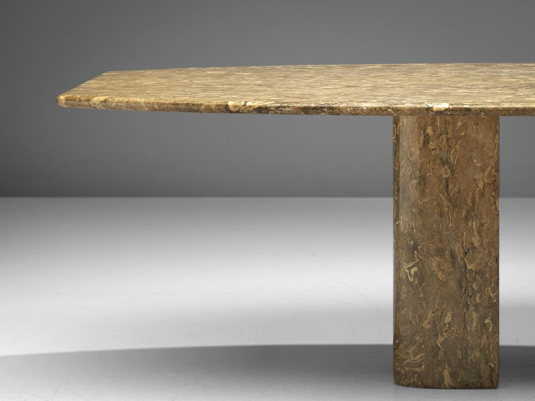 Mid-Century Modern Italian Pedestal Dining Table in Marble For Sale