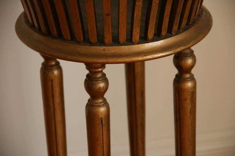 Italian Pedestal or Jardinière, circa 1920s In Good Condition For Sale In Douglas Manor, NY