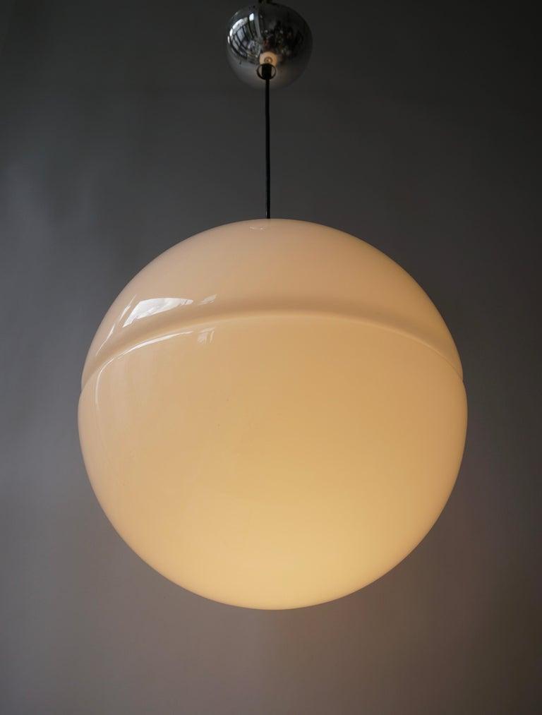 Italian Pendant Lamp by Harvey Guzzini White Plastic Chrome, 1960s For Sale 6