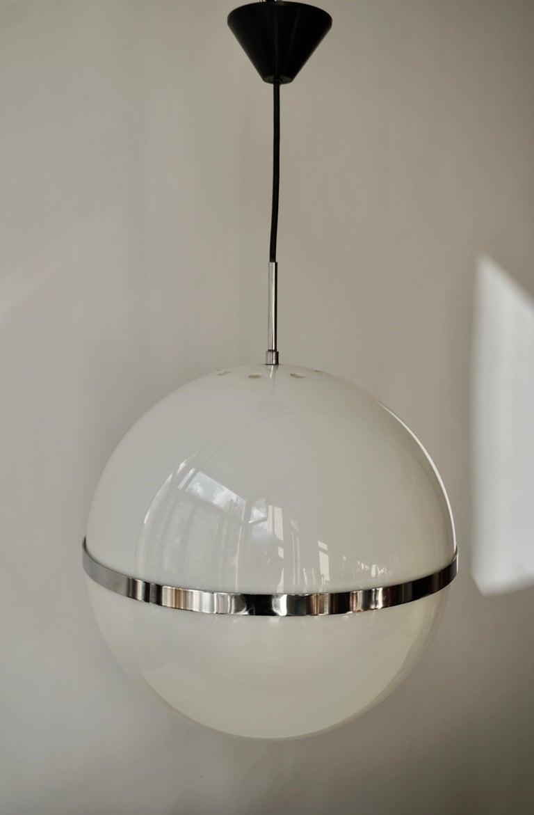 Italian Pendant Lamp in White Plastic and Chrome, 1970s For Sale 6