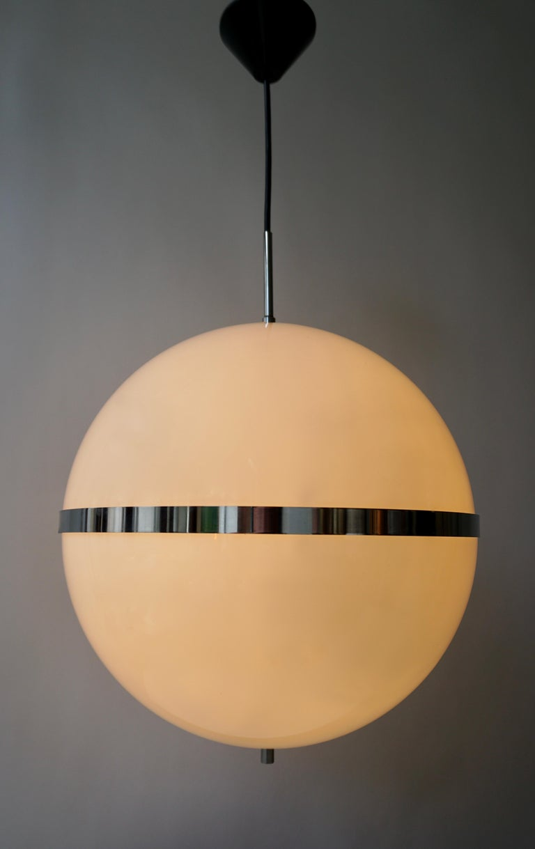 Italian Pendant Lamp in White Plastic and Chrome, 1970s In Good Condition For Sale In Antwerp, BE
