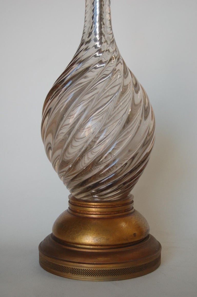 Italian Pink Metalic Swirled Murano Glass Table Lamp on Gold Wood Base In Excellent Condition For Sale In Van Nuys, CA