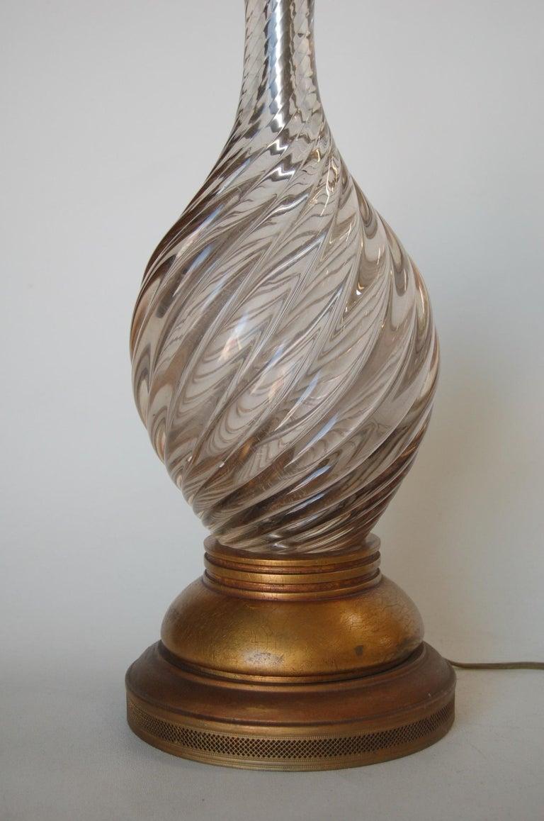 Italian Pink Metalic Swirled Murano Glass Table Lamp on Gold Wood Base For Sale 1