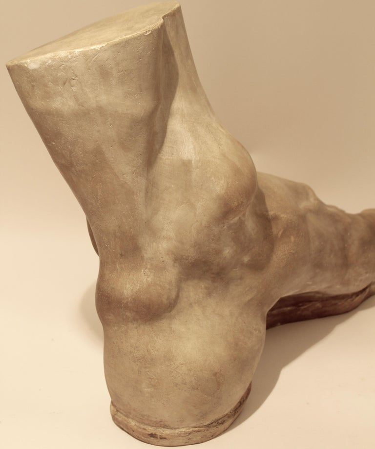 Italian Plaster Cast of the Foot of the Emperor Constantine, circa 1950 For Sale 3