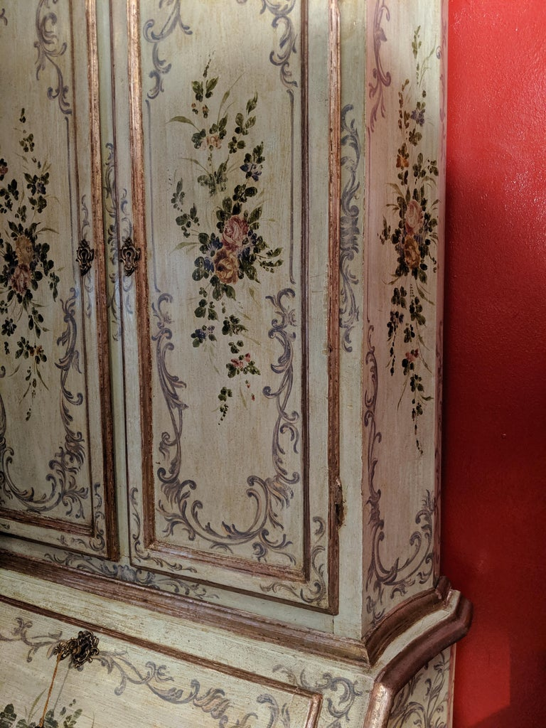 Italian Polychrome Venetian Painted Bureau Cabinet, Early 20th Century In Good Condition For Sale In London, GB