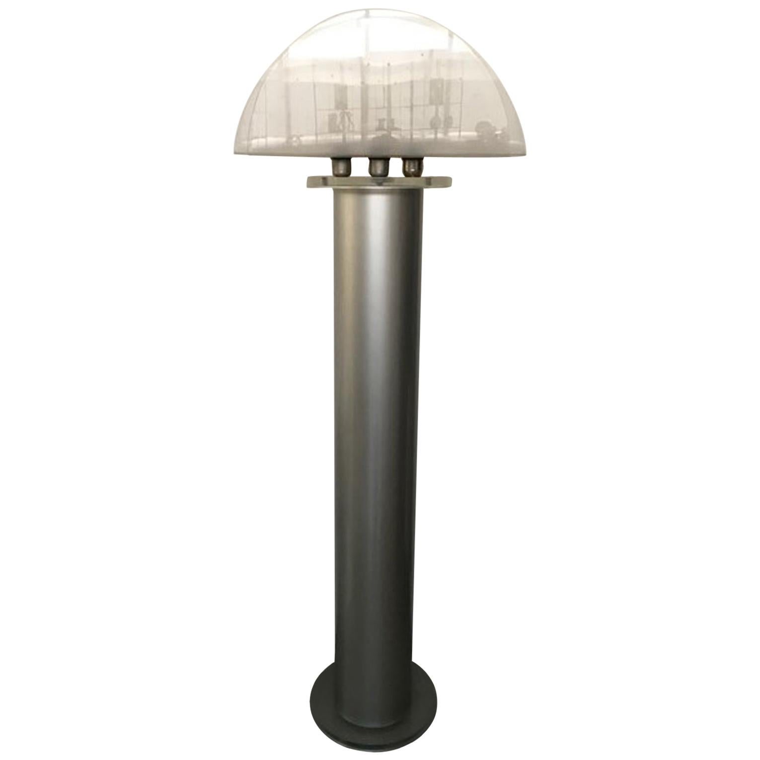 Italian Postmodern Design 1970 Lacquered Aluminium Floor Lamp with Plexiglass