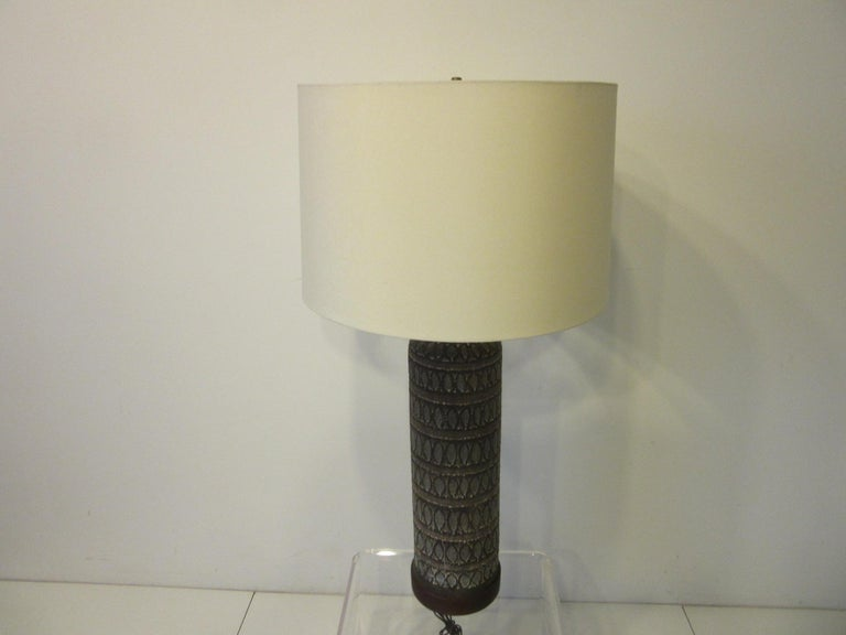 Italian Pottery Lamp in the Style of Fantoni For Sale 4