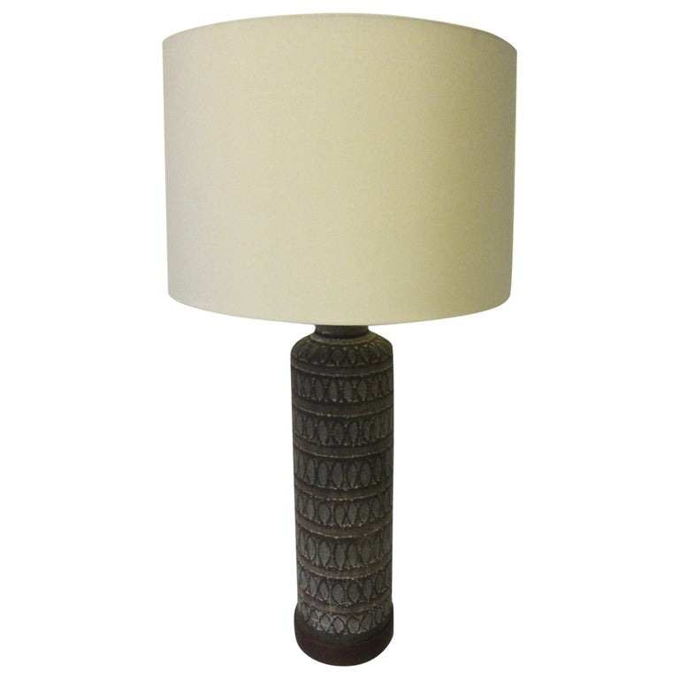 Italian Pottery Lamp in the Style of Fantoni For Sale