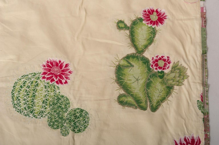 T/288 - Original rare lampas Italian fabric with cactus: smashing for a summer house! I bought all the fabric available: it is out of production because it was too expensive. There are mt. 25 - I regret that the photos do not give a good idea of