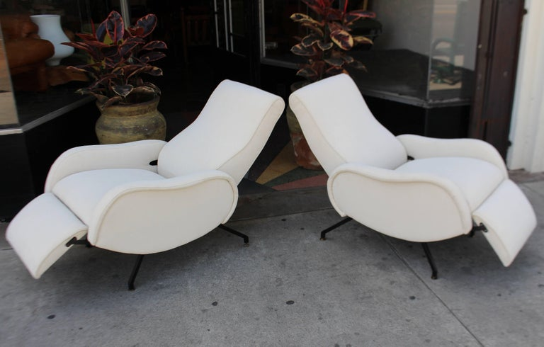 Mid-20th Century Italian Recliner Chairs For Sale