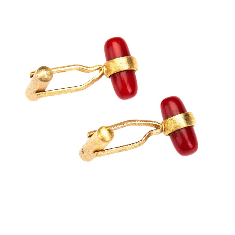 Arts and Crafts Italian red coral cufflinks 18 k brushed gold For Sale