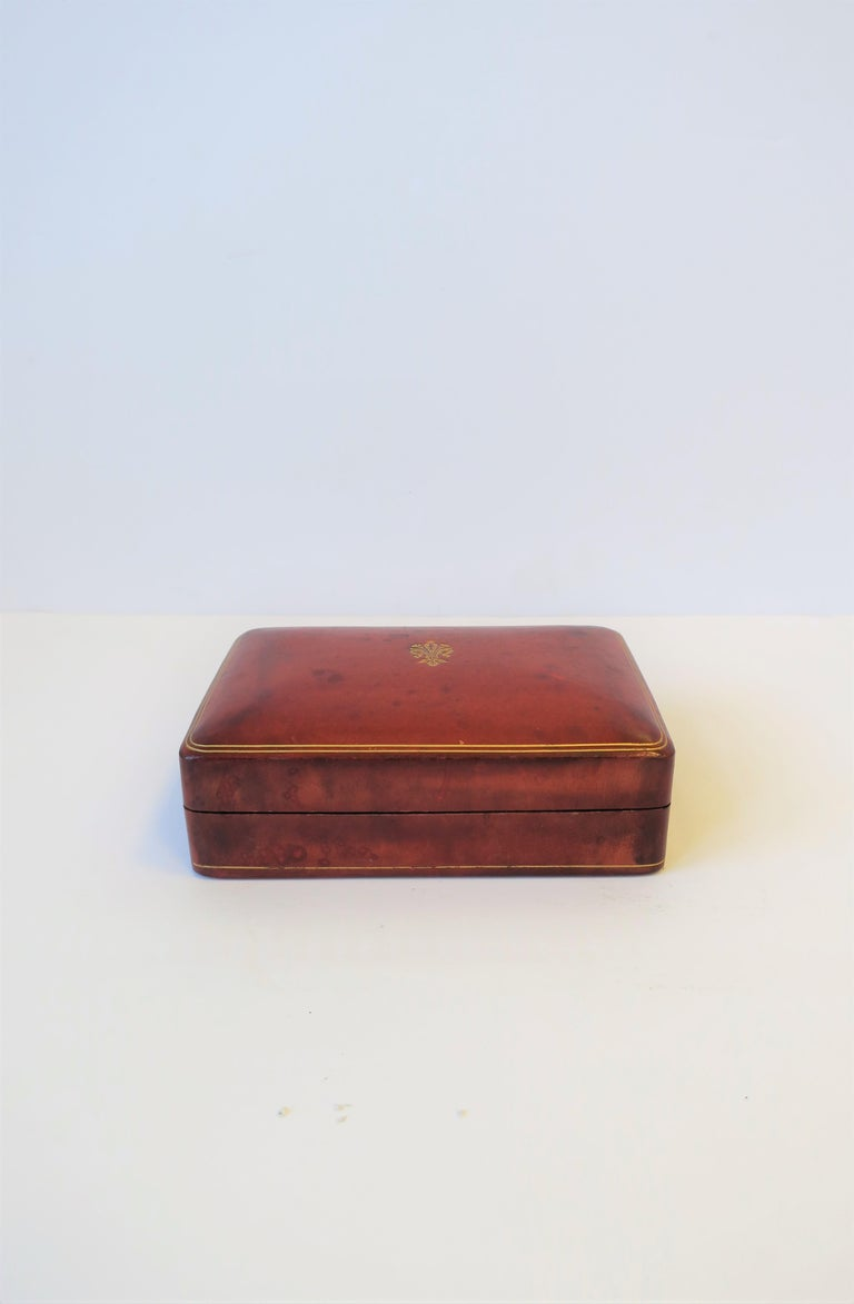 20th Century Italian Red Ox Blood Vintage Leather Box For Sale