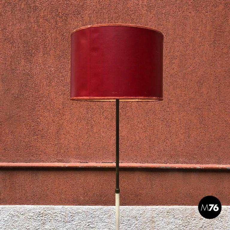 Mid-Century Modern Italian Red, White and Brass Details Floor Lamp by Stilnovo, 1950s For Sale