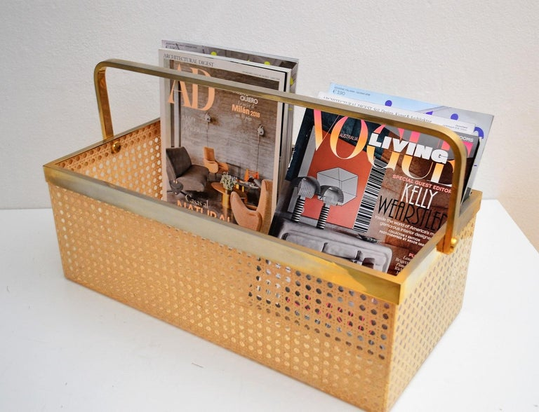 Italian Regency Lucite with Rattan and Gold-Plated Magazine Rack, 1970s For Sale 2