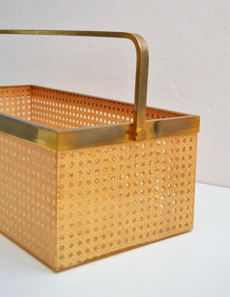 Italian Regency Lucite with Rattan and Gold-Plated Magazine Rack, 1970s For Sale 3