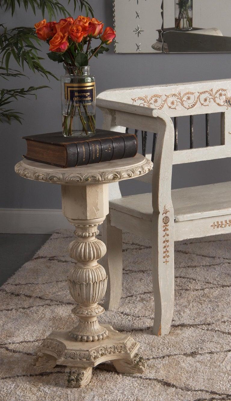 Italian Renaissance Revival Painted Pedestal Side Table, 1950s For Sale 3