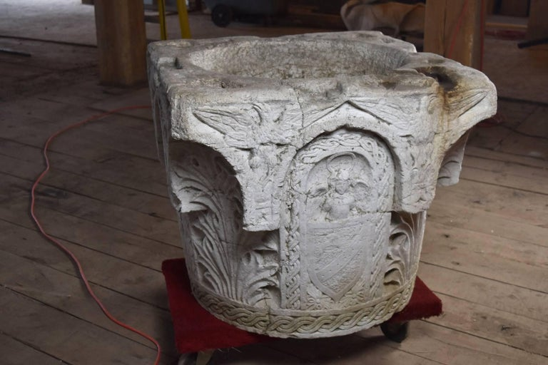 Italian Renaissance Style 19th Century Stone Well Head In Fair Condition For Sale In Troy, NY