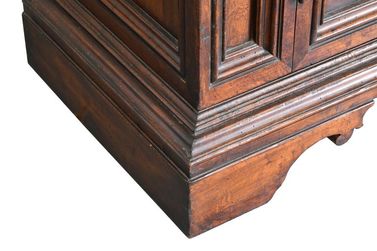 Italian Renaissance Style Walnut Bookcase Cabinet with Iron Quatrefoil Panels For Sale 5