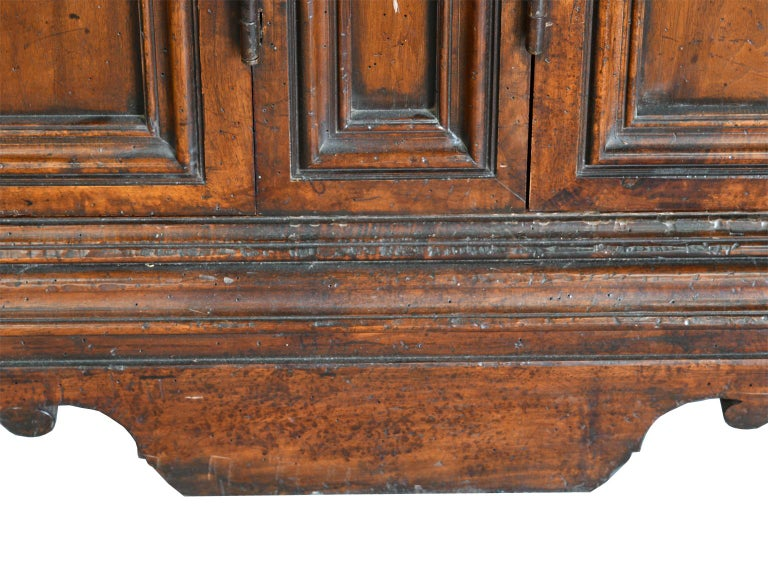 Italian Renaissance Style Walnut Bookcase Cabinet with Iron Quatrefoil Panels For Sale 6