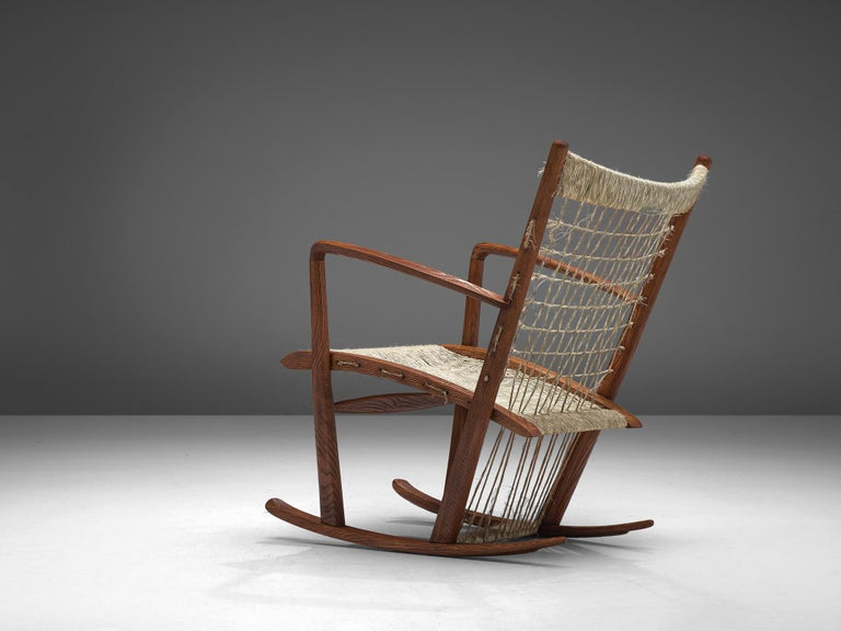 Italian Rocking Chair in Rope and Oak by Guglielmo Pecorini In Good Condition For Sale In Waalwijk, NL